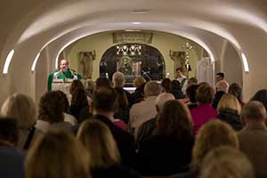 02 Homily in the Tomb of Saint Peter.jpg