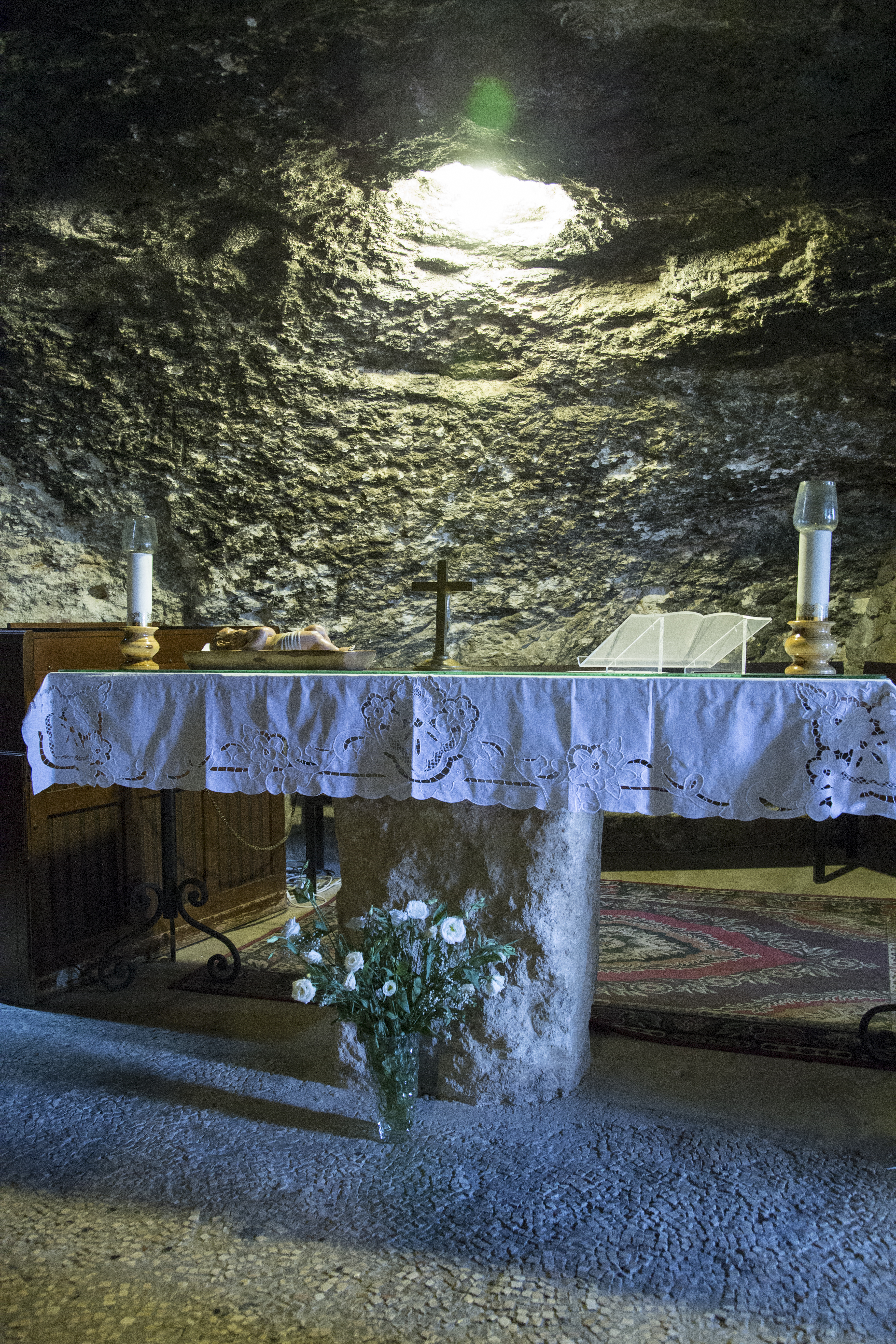 10_Altar in the Cave.jpg